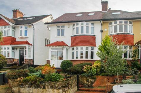 Westwood Park, London. 5 bedroom house for sale