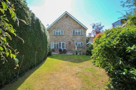 Cannon Lane, Pinner. 4 bedroom detached house for sale