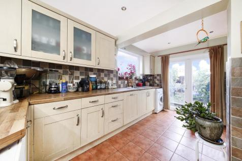 Inverine Road, Charlton, SE7. 3 bedroom terraced house for sale