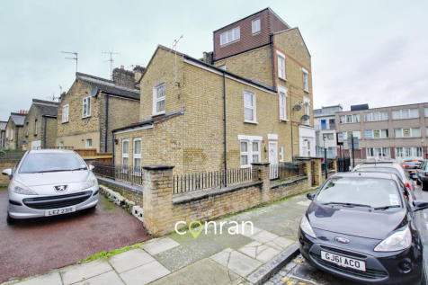 Kemsing Road, Greenwich, SE10. 2 bedroom apartment