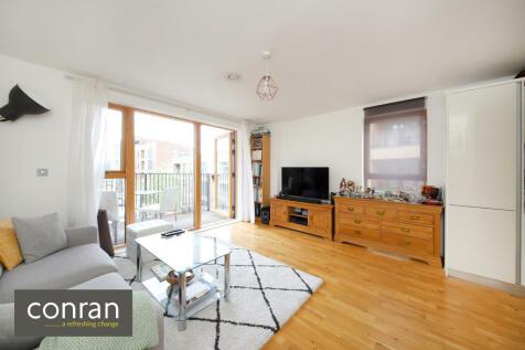 Blackheath Hill, Greenwich, SE10. 2 bedroom apartment