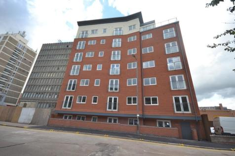 Crecy Court, Lee Circle, Leicester. 2 bedroom apartment