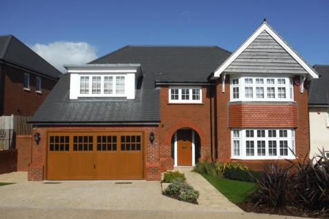 3 Langland Grove, Langland, Swansea. 5 bedroom detached house