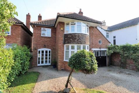 The Crescent, Walsall. 4 bedroom detached house