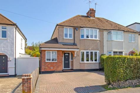 Bullhead Road, Borehamwood. 4 bedroom semi-detached house