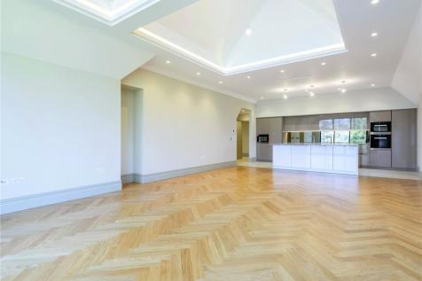 Hitherbury House, 97 Portsmouth Road, Guildford, Surrey, GU2. 3 bedroom apartment for sale