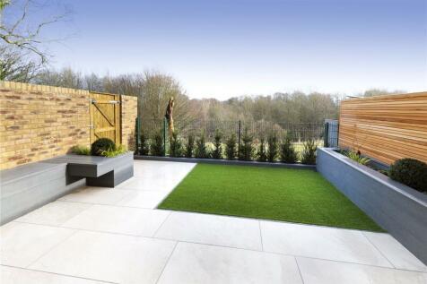Burlington Mews, Sevenoaks, Kent, TN13. 4 bedroom terraced house for sale