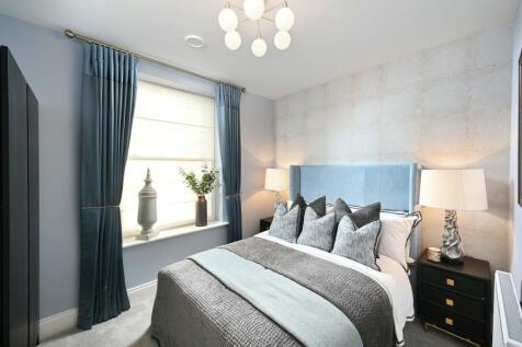 Quinton Court, 98-104 London Road, Sevenoaks, Kent, TN13. 3 bedroom apartment for sale