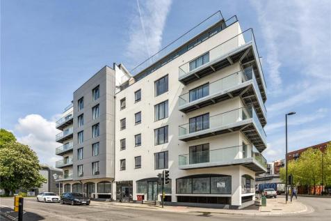Royal Crescent Apartments, 1 Royal Crescent Road, Southampton, Hampshire, SO14. 1 bedroom apartment