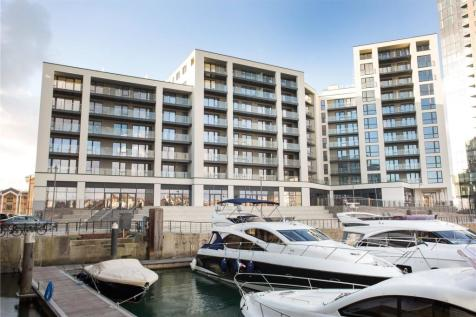 Alexandra Wharf, 1 Maritime Walk, Ocean Village, Southampton, SO14. 2 bedroom duplex