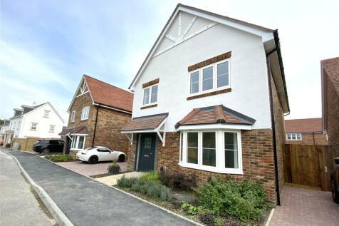 Crockford Lane, Chineham, Hampshire, RG24. 4 bedroom detached house