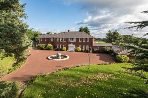 A very special country estate - Sproston, Cheshire. 7 bedroom detached house