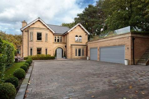 Fabulous new build house in central Alderley Edge. 5 bedroom detached house for sale