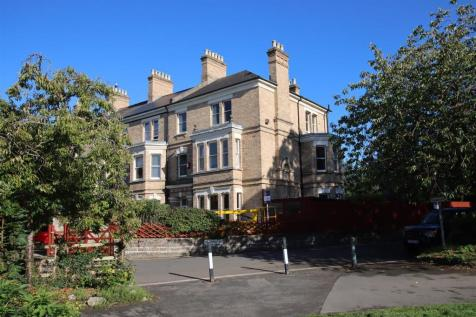 Rock Park Barnstaple. 6 bedroom semi-detached house for sale