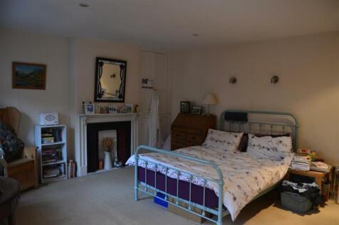 Pilton Street. 3 bedroom terraced house
