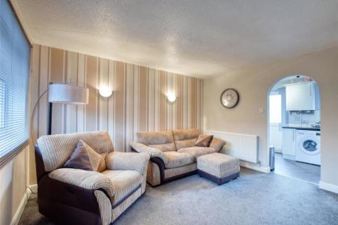 Woolbarn Lawn, Barnstaple, EX32. 2 bedroom terraced house for sale