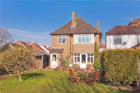 Tillingbourne Road, Shalford, Guildford, Surrey, GU4. 3 bedroom detached house