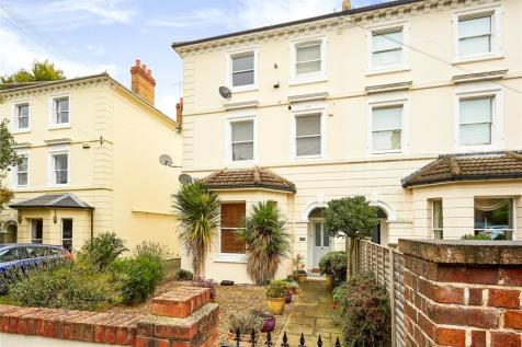 Eardley Road, Sevenoaks, Kent, TN13. 2 bedroom apartment