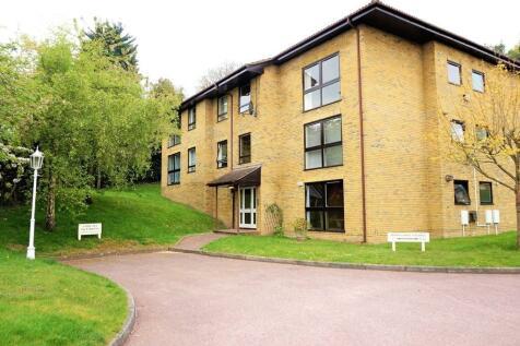 Wood Lodge Grange, St. Johns Hill, Sevenoaks, Kent, TN13. 3 bedroom apartment