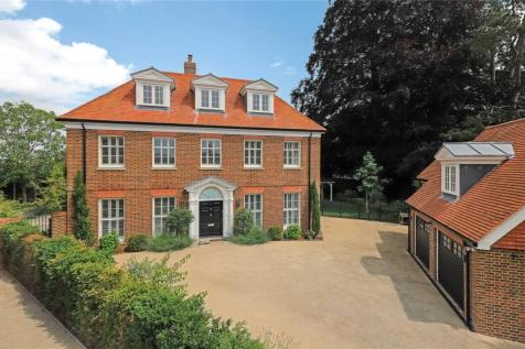 Pinehurst Place, Bereweeke Road, Winchester, Hampshire, SO22. 7 bedroom detached house