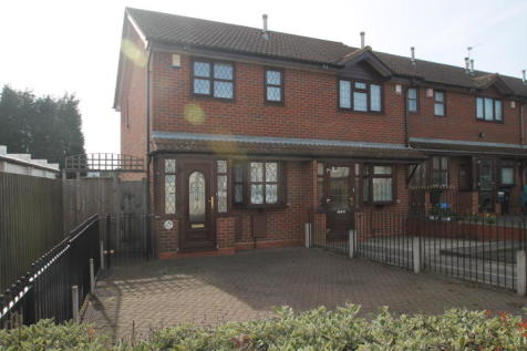 Highland Road, Dudley. 2 bedroom semi-detached house