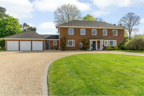 Woodfield Drive, Maidenhead, Berkshire, SL6. 5 bedroom detached house