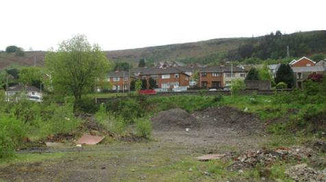 Darran Road, Mountain Ash, South Glamorgan, Rhondda Cynon Taff, CF45. Land for sale