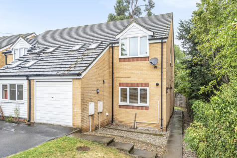 Enniskillen Road, Cambridge. 5 bedroom semi-detached house