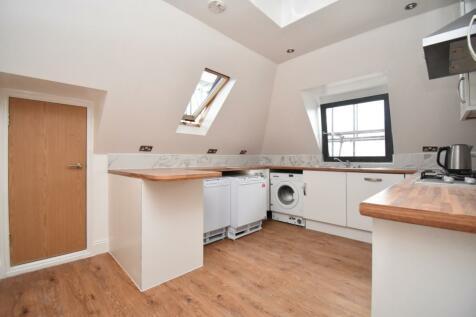Brent Road London SE18. 2 bedroom apartment