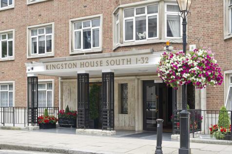 Kingston House South, Ennismore Gardens, Knightsbridge SW7. 3 bedroom apartment