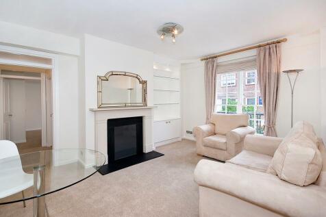 Cranmer Court, Whiteheads Grove, Chelsea, SW3. 1 bedroom apartment