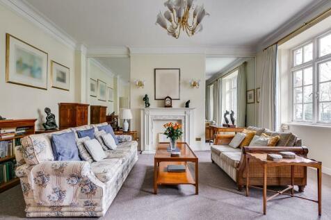 Eresby House, Rutland Gate, Knightsbridge, SW7. 3 bedroom apartment