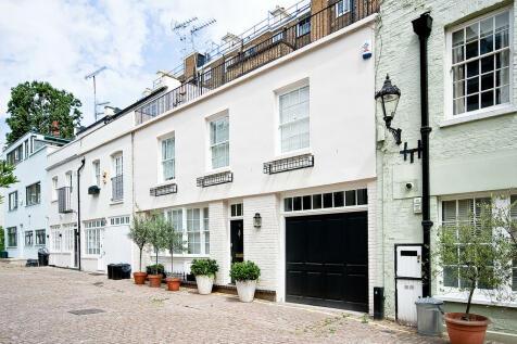 Ennismore Mews, Knightsbridge SW7. 3 bedroom mews house