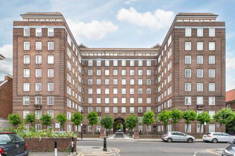 Swan Court, Chelsea Manor Street, SW3. 1 bedroom apartment