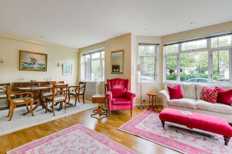 Kingston House East, Knightsbridge, SW7. 2 bedroom apartment