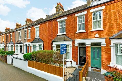 Waynflete Street, London, SW18. 2 bedroom flat