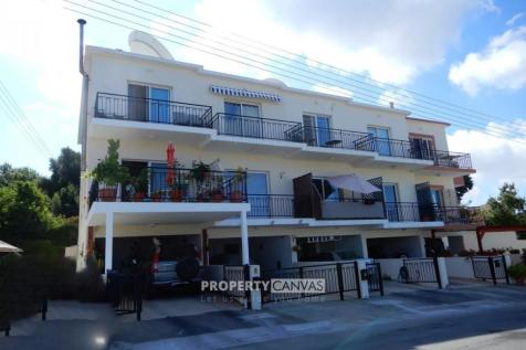 Paphos, Mesa Chorion. 2 bedroom town house