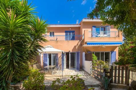 Paphos, Kato Paphos. 2 bedroom town house
