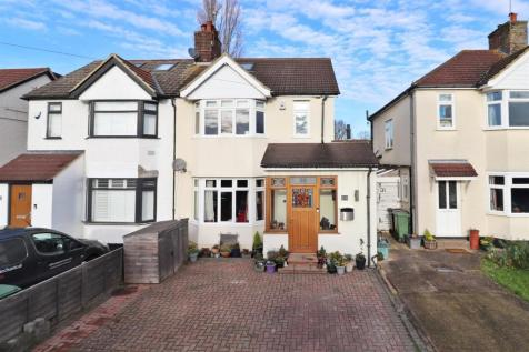 Willow Crescent, St. Albans. 4 bedroom semi-detached house for sale