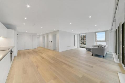 13B.04.07 John Cabot House, Royal Wharf, E16. 3 bedroom apartment