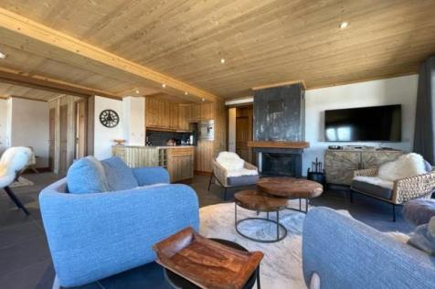 Courchevel 1850, Centre Of The Resort, French Alps. 3 bedroom apartment for sale