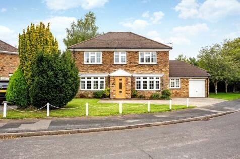 Wykeham Drive, Basingstoke, RG23. 5 bedroom detached house