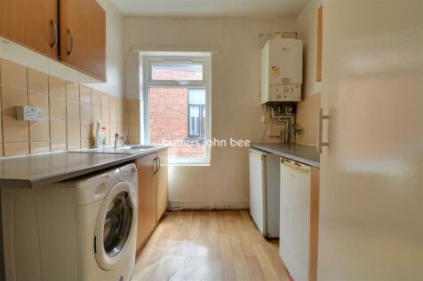 76a West Street, Crewe. 2 bedroom flat