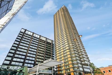 Principal Tower, City of London EC2A. 3 bedroom flat for sale