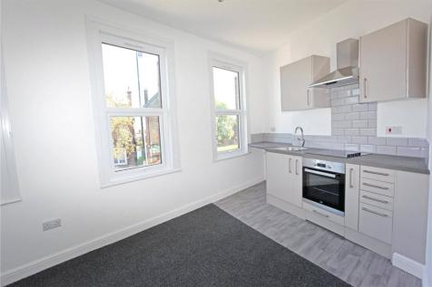 High Road, South Woodford, London, E18. 1 bedroom apartment