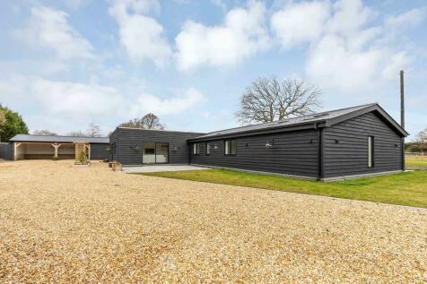 Five Oaks Road, Horsham. 5 bedroom barn conversion