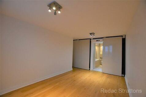 Cavendish House, 21 Wellington Road, London NW8. 2 bedroom flat