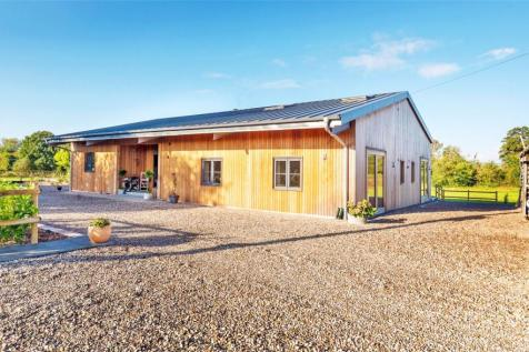 Norton Canon, Hereford. 5 bedroom barn conversion for sale