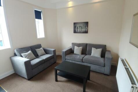 Abbey Road Place, Riverside, Stirling, FK8. 2 bedroom flat