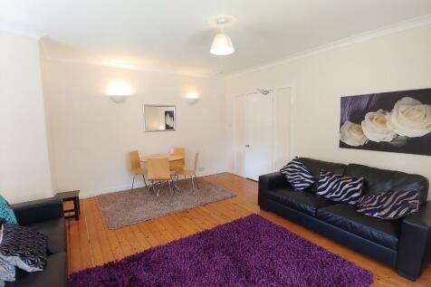 Gladstone Place, Stirling Town, Stirling, FK8. 5 bedroom flat